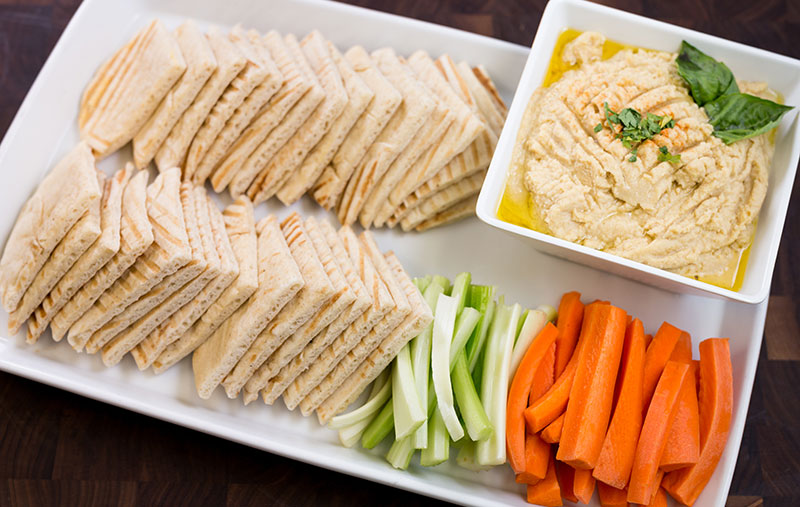 hummus & pita chipswith carrots and celery