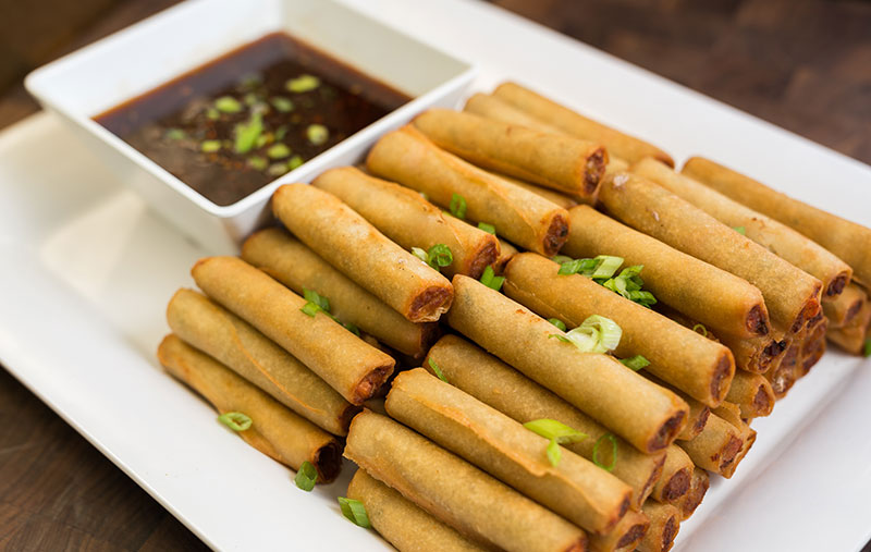 vegetable lumpia with sweet thai chili sauce